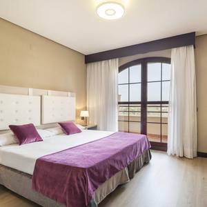Camera Suite Hotel ILUNION Golf Badajoz Badajoz